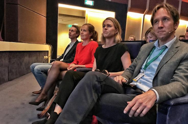 vier jonge artsen klaar voor hun optreden op de Internistendagen 2018