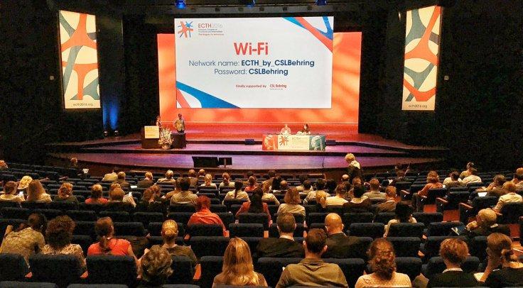 Als je niet begrepen wordt, groeit de kloof met de zaal in het World Forum the Hague