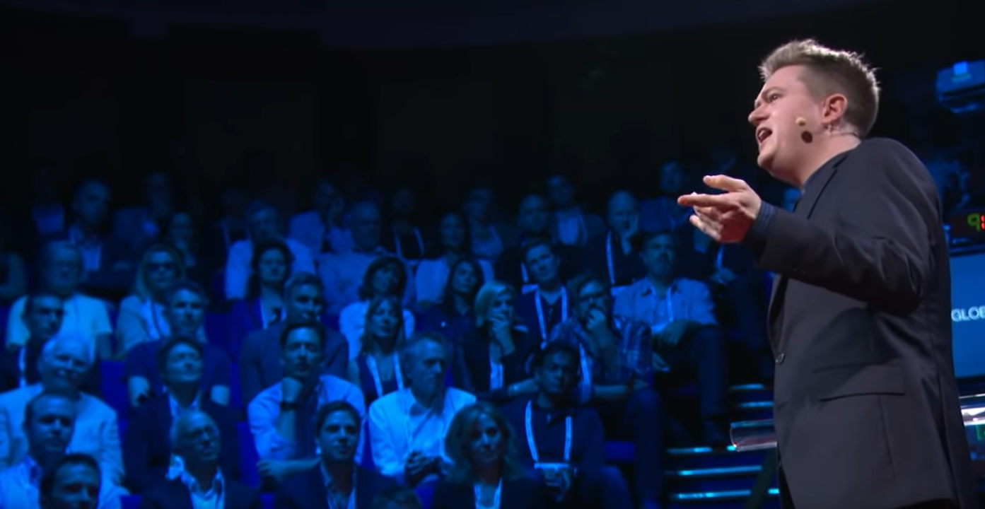 Let's rethink the approach to public speaking | Presenting on Stage